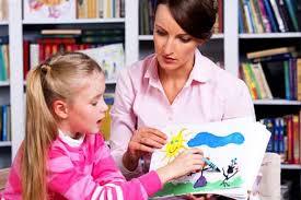 چه زمانی باید به روانشناس کودک در کرج مراجعه کرد؟
