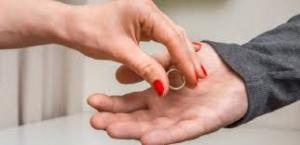 سوالاتی که قبل از طلاق میتوانند شما را در گرفتن تصمیم درست راهنمایی کند
